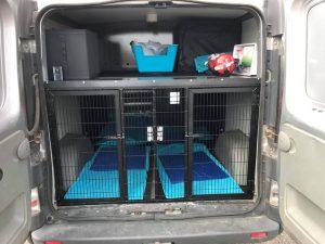 KarMas Hundcenters hundbil inredning. För hundrastning i Lund